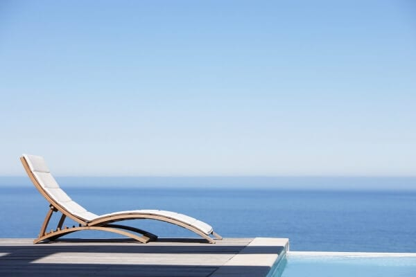 Alcùdia Immobilien Sonnenschirm am Pool